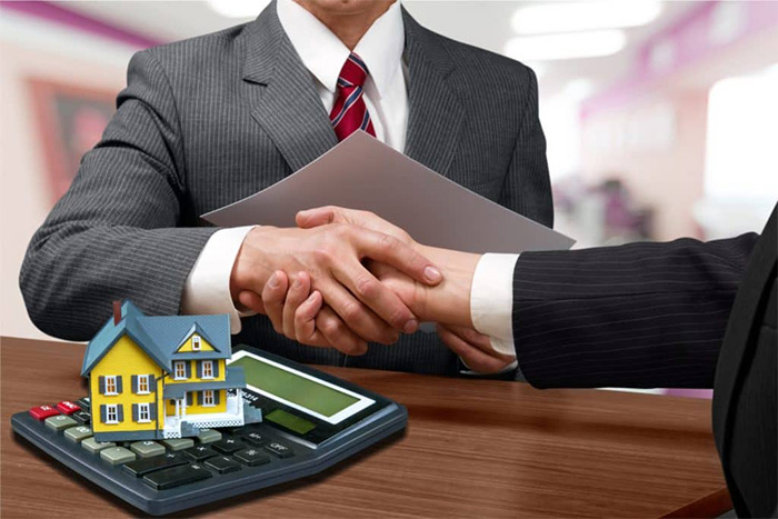 Votre cabinet de courtage en crédit met à votre disposition ses compétences et vous aide à trouver les solutions financières adéquates pour vous aider à lancer ou à développer votre projet professionnel.