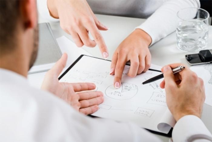 Gest & Pat vous propose un accompagnement sur-mesure lors de la création de votre entreprise et la vente de votre fond de commerce en vous prodiguant des conseils éclairés concernant les procédures à suivre.